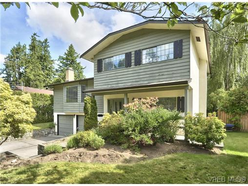 Main Photo: 460 Dressler Road in VICTORIA: Co Wishart South Single Family Detached for sale (Colwood)  : MLS® # 310442