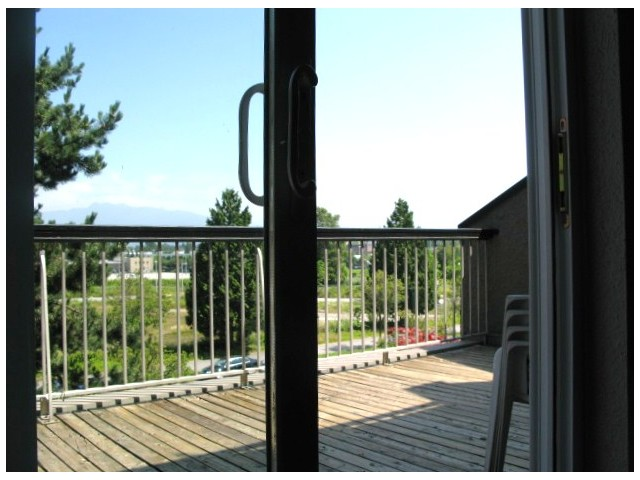 Main Photo: 409 774 GREAT NORTHERN Way in Vancouver: Mount Pleasant VE Condo for sale (Vancouver East)  : MLS® # V966946