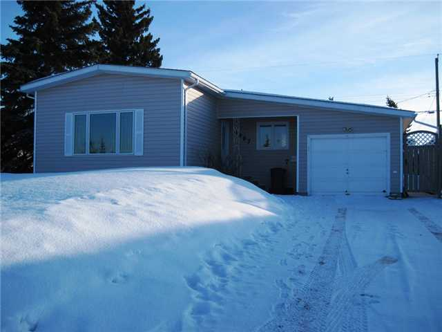 "Main Photo: 9007 116TH Avenue in Fort St. John: Fort St. John - City NE House for sale in ""KIN PARK"" (Fort St. John (Zone 60))  : MLS® # N224630"