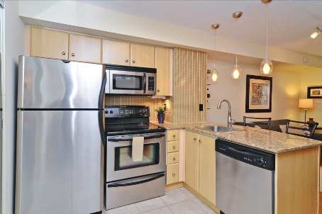 Photo 4: 10 10 Laidlaw Street in Toronto: South Parkdale Condo for sale (Toronto W01)  : MLS(r) # W2571062