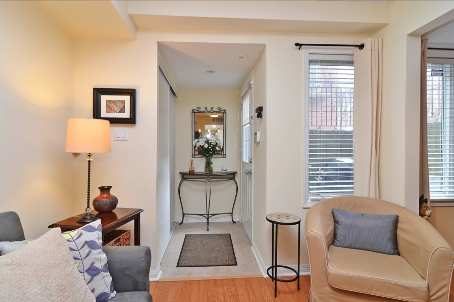 Photo 2: 10 10 Laidlaw Street in Toronto: South Parkdale Condo for sale (Toronto W01)  : MLS(r) # W2571062