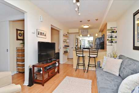 Main Photo: 10 10 Laidlaw Street in Toronto: South Parkdale Condo for sale (Toronto W01)  : MLS(r) # W2571062