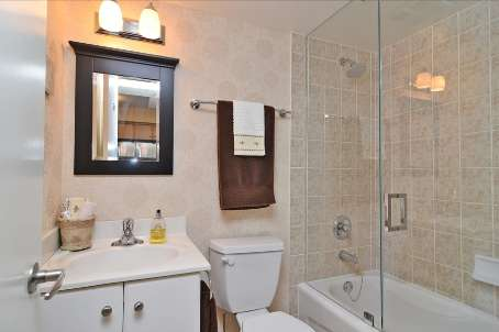 Photo 7: 10 10 Laidlaw Street in Toronto: South Parkdale Condo for sale (Toronto W01)  : MLS(r) # W2571062