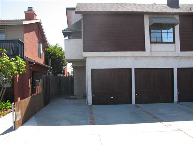 Photo 2: UNIVERSITY HEIGHTS Home for sale or rent : 1 bedrooms : 4665 Oregon #5 in San Diego