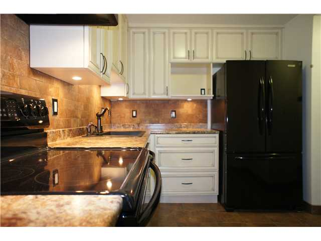 "Main Photo: 203 5790 PATTERSON Avenue in Burnaby: Metrotown Condo for sale in ""REGENT"" (Burnaby South)  : MLS® # V1026684"