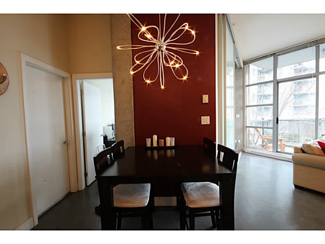 Photo 9: # 309 2635 PRINCE EDWARD ST in Vancouver: Mount Pleasant VE Condo for sale (Vancouver East)  : MLS(r) # V1044416