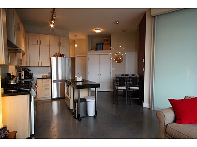 Photo 5: # 309 2635 PRINCE EDWARD ST in Vancouver: Mount Pleasant VE Condo for sale (Vancouver East)  : MLS(r) # V1044416