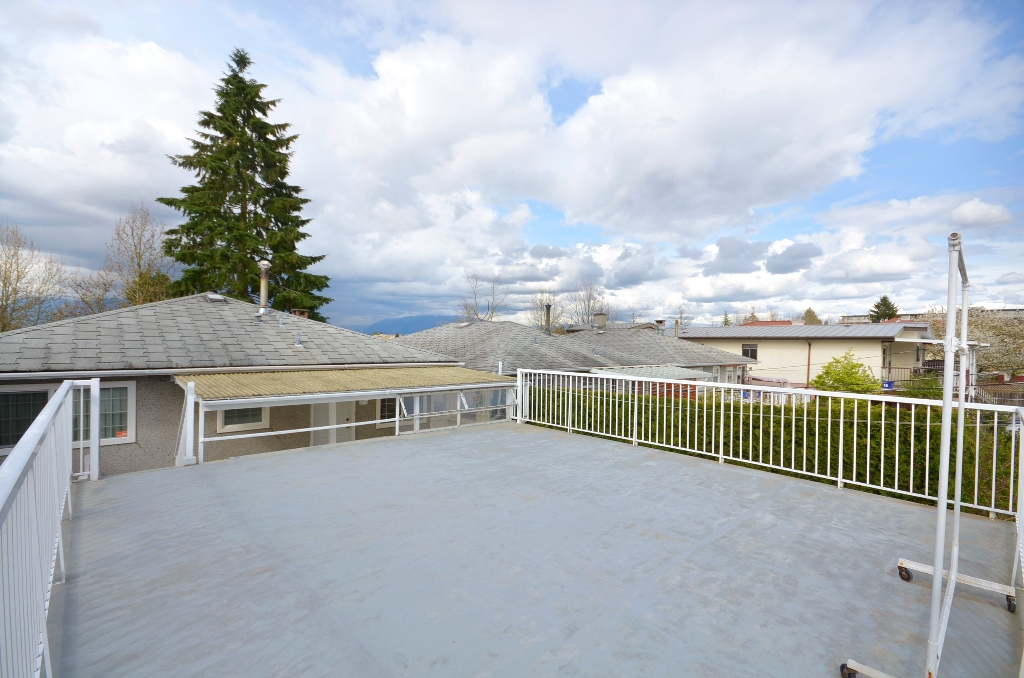 Photo 11: 534 E 29TH Avenue in Vancouver: Fraser VE House for sale (Vancouver East)  : MLS(r) # V946976