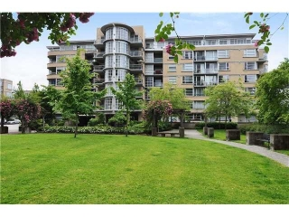 Main Photo: 507 2655 CRANBERRY Drive in Vancouver: Kitsilano Condo for sale in &quot;NEW YORKER&quot; (Vancouver West)  : MLS(r) # V1007432