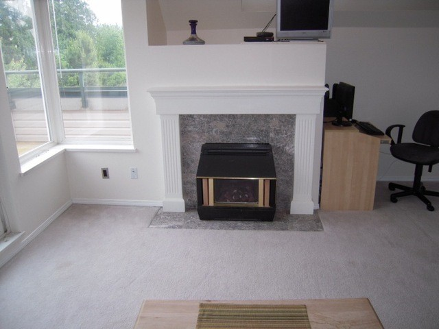 "Photo 3: 304 33668 KING Road in Abbotsford: Poplar Condo for sale in ""College Park Place"" : MLS(r) # F1314796"
