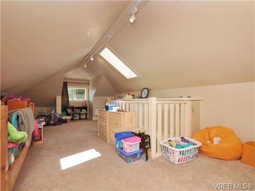 Photo 11: 1156 Chapman Street in VICTORIA: Vi Fairfield West Residential for sale (Victoria)  : MLS(r) # 340191