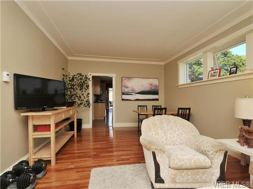Photo 3: 1156 Chapman Street in VICTORIA: Vi Fairfield West Residential for sale (Victoria)  : MLS(r) # 340191
