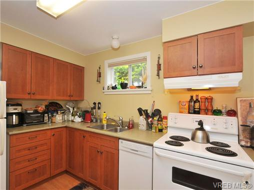 Photo 18: 1156 Chapman Street in VICTORIA: Vi Fairfield West Residential for sale (Victoria)  : MLS(r) # 340191