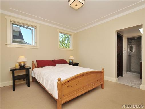 Photo 8: 1156 Chapman Street in VICTORIA: Vi Fairfield West Residential for sale (Victoria)  : MLS(r) # 340191