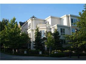 Main Photo: 7398 HAWTHORNE Terrace in Burnaby: Highgate Townhouse for sale (Burnaby South)  : MLS® # V1011909
