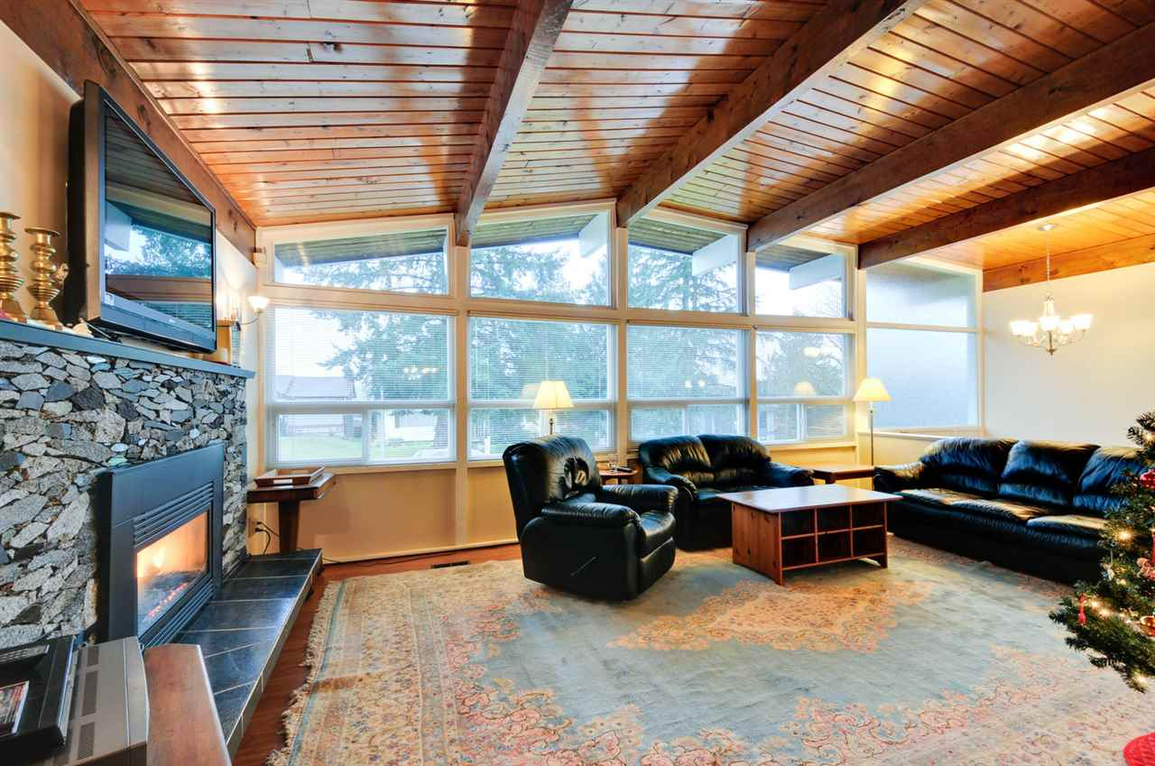 Photo 3: 5359 MORELAND DRIVE in Burnaby: Deer Lake Place House for sale (Burnaby South)  : MLS® # R2019460