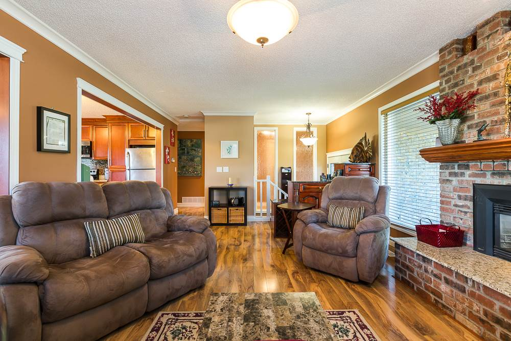 Photo 3: 3001 SURF CRESCENT in Coquitlam: Ranch Park House for sale : MLS® # R2110585