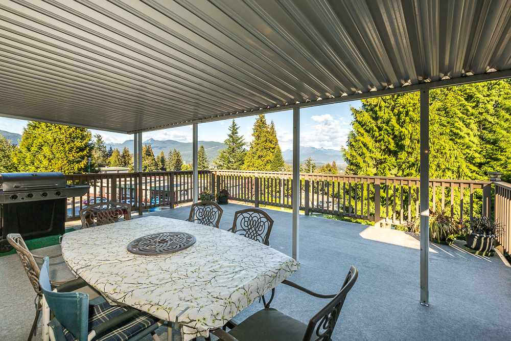Photo 18: 3001 SURF CRESCENT in Coquitlam: Ranch Park House for sale : MLS® # R2110585