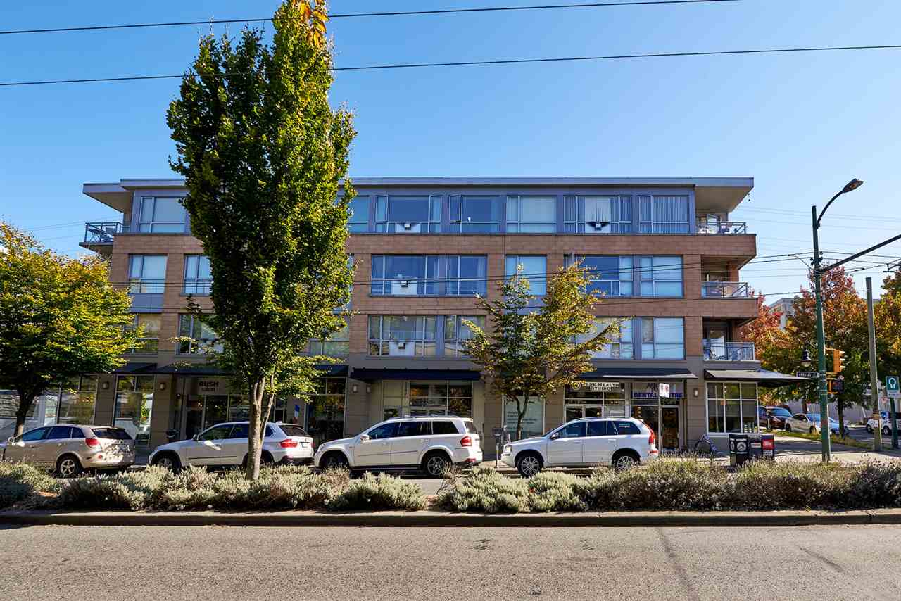 Main Photo: 402 2680 ARBUTUS STREET in Vancouver: Kitsilano Condo for sale (Vancouver West)  : MLS®# R2114147