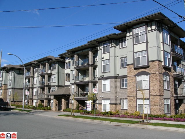 "Main Photo: 309 2068 SANDALWOOD Crescent in Abbotsford: Central Abbotsford Condo for sale in ""The Sterling"" : MLS®# F1209052"