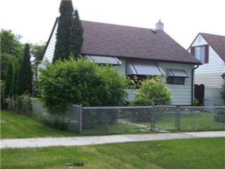Main Photo: 463 MINNIGAFFE Street: Residential for sale (North End)  : MLS® # 1020236