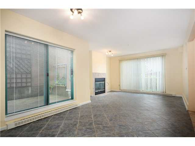 Photo 6: # 1B 2433 E 10TH AV in Vancouver: Renfrew VE Townhouse for sale (Vancouver East)  : MLS(r) # V1026968