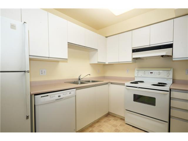 Photo 2: # 1B 2433 E 10TH AV in Vancouver: Renfrew VE Townhouse for sale (Vancouver East)  : MLS(r) # V1026968
