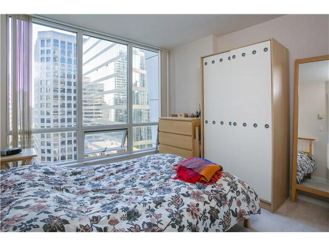 Photo 12: # 1907 1166 MELVILLE ST in Vancouver: Coal Harbour Condo for sale (Vancouver West)  : MLS® # V1061575