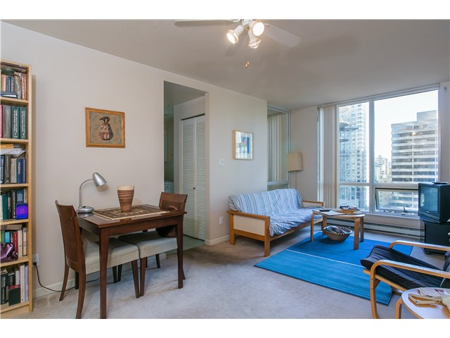 Photo 5: # 1907 1166 MELVILLE ST in Vancouver: Coal Harbour Condo for sale (Vancouver West)  : MLS® # V1061575