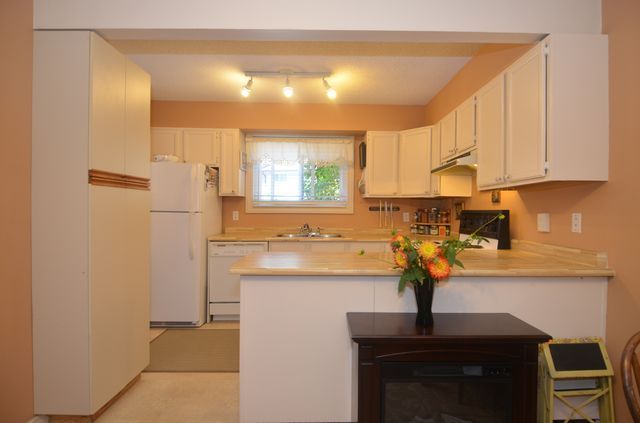 Photo 3: Photos: 20 3025 COWICHAN LAKE ROAD in DUNCAN: Condo/Strata for sale : MLS®# 381101