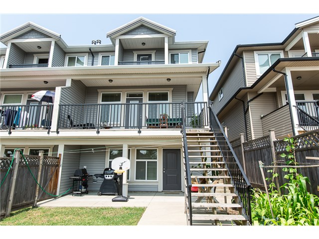 Photo 19: 1500 SIXTH AV in New Westminster: Uptown NW House 1/2 Duplex for sale : MLS® # V1132853