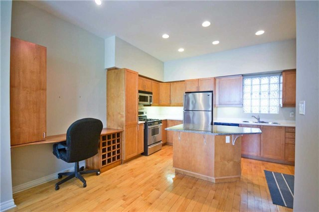 Photo 16: 295 Davenport Rd Unit #202 in Toronto: Annex Condo for sale (Toronto C02)  : MLS(r) # C3504265