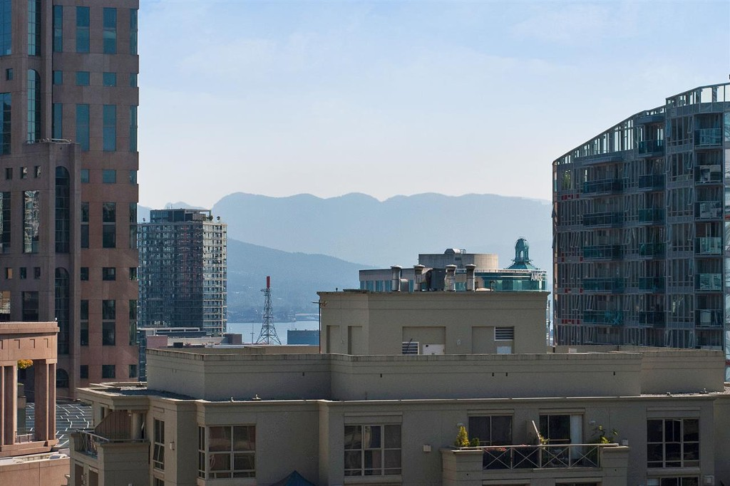 Photo 11: 1906 888 Homer Street in Vancouver: Downtown VW Condo for sale (Vancouver West)  : MLS® # R2111396