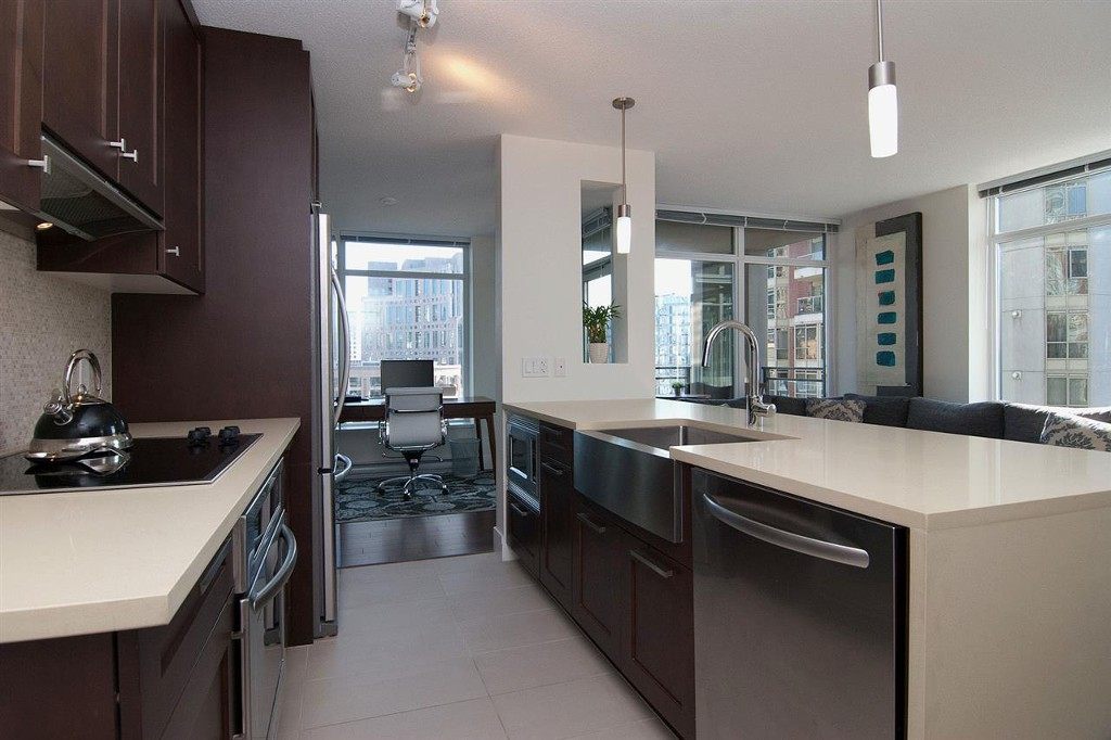 Photo 4: 1906 888 Homer Street in Vancouver: Downtown VW Condo for sale (Vancouver West)  : MLS(r) # R2111396
