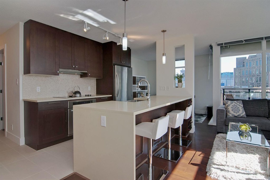 Photo 2: 1906 888 Homer Street in Vancouver: Downtown VW Condo for sale (Vancouver West)  : MLS(r) # R2111396