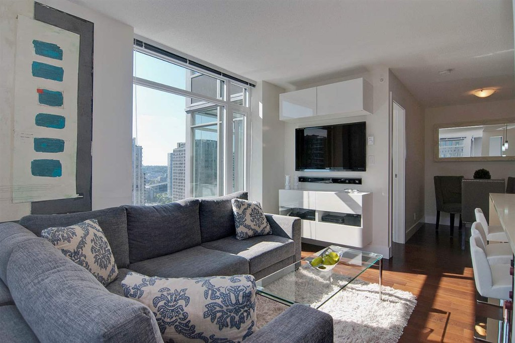 Photo 6: 1906 888 Homer Street in Vancouver: Downtown VW Condo for sale (Vancouver West)  : MLS® # R2111396