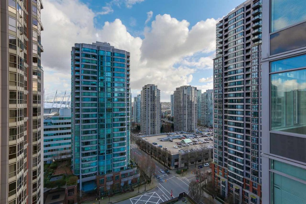 Photo 12: 1906 888 Homer Street in Vancouver: Downtown VW Condo for sale (Vancouver West)  : MLS(r) # R2111396