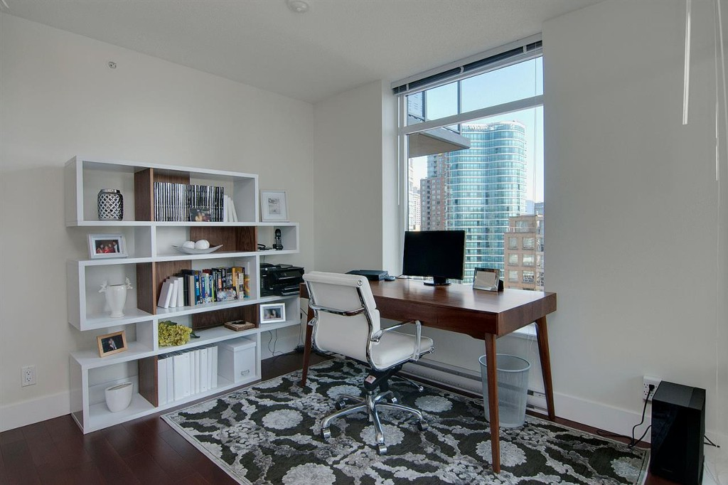 Photo 5: 1906 888 Homer Street in Vancouver: Downtown VW Condo for sale (Vancouver West)  : MLS(r) # R2111396