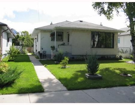 Main Photo: 675SINCLAIR ST: Residential for sale (Garden City)  : MLS® # 2906740