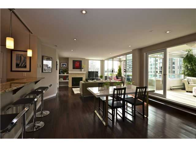 "Main Photo: 503 1220 BARCLAY Street in Vancouver: West End VW Condo for sale in ""KENWOOD COURT"" (Vancouver West)  : MLS(r) # V949155"