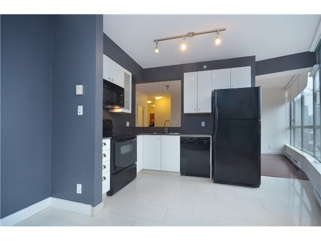 "Photo 5: 604 1238 BURRARD Street in Vancouver: Downtown VW Condo for sale in ""ALTADENA"" (Vancouver West)  : MLS(r) # V983749"