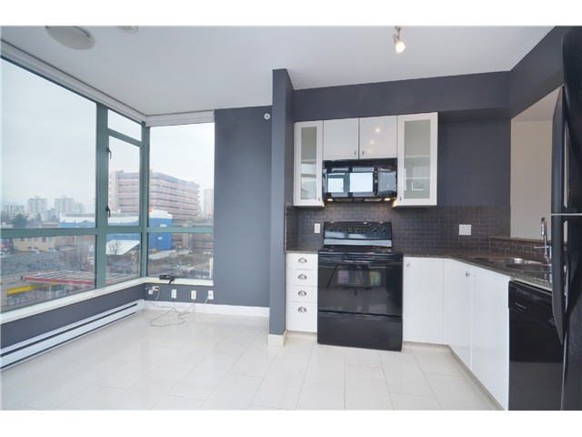 "Photo 6: 604 1238 BURRARD Street in Vancouver: Downtown VW Condo for sale in ""ALTADENA"" (Vancouver West)  : MLS(r) # V983749"