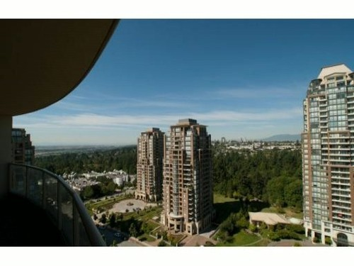 Photo 9: 2002 6838 STATION HILL Drive in Burnaby South: South Slope Home for sale ()  : MLS® # V908896