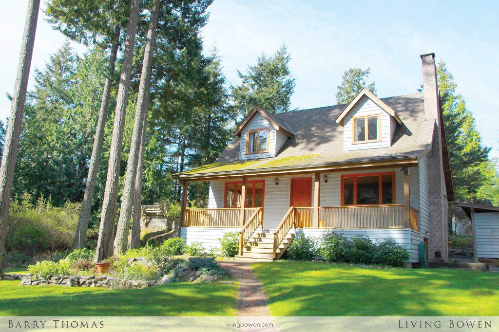 Main Photo: 1253 Eagles Nest Road in Bowen Island: Timber Groves House for sale : MLS(r) # V1060088