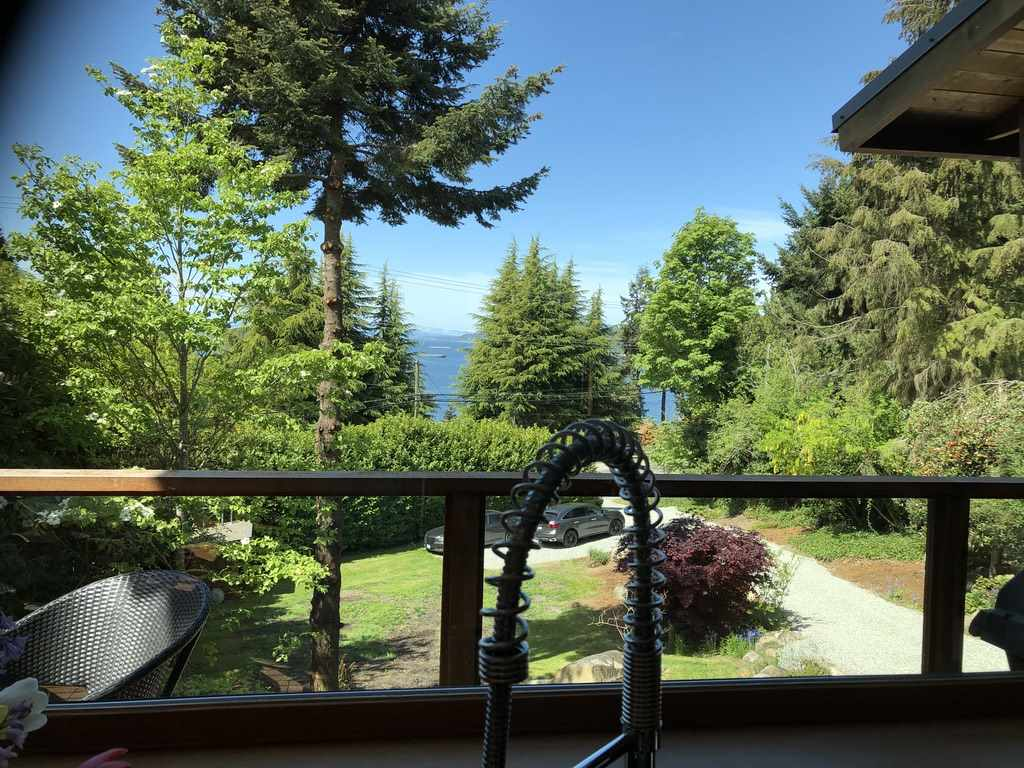 FEATURED LISTING: 5122 SUNSHINE COAST HWY Highway Sechelt