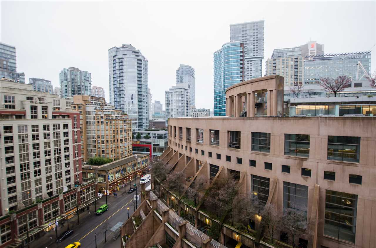 FEATURED LISTING: 1608 788 HAMILTON Street Vancouver