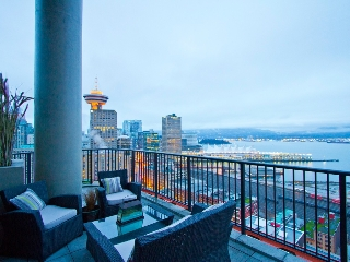 "Main Photo: 2910 128 W CORDOVA Street in Vancouver: Downtown VW Condo for sale in ""WOODWARDS"" (Vancouver West)  : MLS® # V987819"