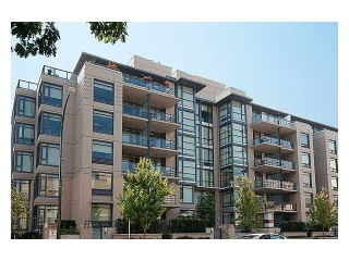 "Main Photo: 211 750 W 12TH Avenue in Vancouver: Fairview VW Condo for sale in ""TAPESTRY"" (Vancouver West)  : MLS(r) # V1002282"