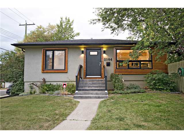 Main Photo: 2104 16 Street SW in CALGARY: Bankview Residential Detached Single Family for sale (Calgary)  : MLS(r) # C3584314