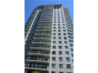 "Main Photo: 3205 898 CARNARVON Street in New Westminster: Downtown NW Condo for sale in ""AZURE 1 @ PLAZA 88"" : MLS®# V1078443"